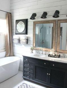 Een badkamer uitzoeken is niet altijd heel gemakkelijk... 45 voorbeelden van verschillende stijlen badkamers! http://www.ikwoonfijn.nl/badkamer-voorbeelden/