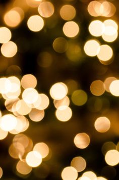 christmas bokeh 3 - christmas tree lights out of focus (bokeh) close up Photography Terms, Fairy Light Photography, Christmas Tree Photography, Aperture Photography, Double Exposure Photography, Levitation Photography, Experimental Photography, Close Up Photography, Abstract Photography