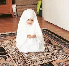Sweet Little Muslimah