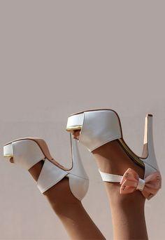 Sapato de noiva personalizado por andIwonder