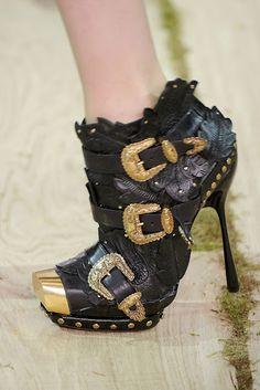 *  Alexander McQueen Shoes -- A Work of Art  *  Alexander McQueen, CBE  *  RIP March 17, 1969 - February 11, 2010