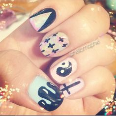 Pastel Goth Nails! Tutorial on: http://www.youtube.com/watch?v=rUhnIit8tBQ #pastel #pastelnails #pastelgoth #nails #nailtutorial