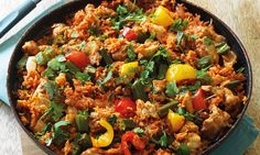 A popular West African dish that's cooked in one pot so ideal for a simple, tasty midweek dinner. A popular West African dish that's cooked in one pot so ideal for a simple, tasty midweek dinner. Clean Eating, Healthy Eating, Jollof Reis, Clean Recipes, Healthy Recipes, Healthy Meals, Healthy Food, Chorizo And Potato, Grilled Corn Salad