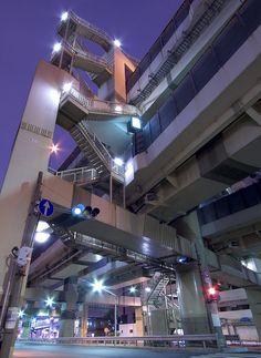 "eveninghaze: "" "" nemoi: "" nyanpiyopiyo: "" jacony: "" petapeta: "" petapeta: "" msnr: (via Ken OHYAMA)"" "" Aesthetic Japan, City Aesthetic, City Landscape, Urban Landscape, Tokyo Streets, Cyberpunk City, Urban Architecture, Building Structure, Night City"
