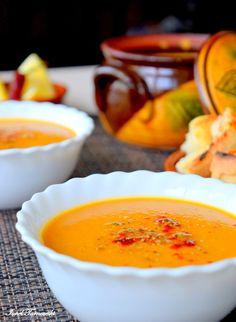 Supa de linte rosie – IONEL TARNOVESKI Curry, Pudding, Vegan, Desserts, Creative, Food, Red Peppers, Salads, Tailgate Desserts