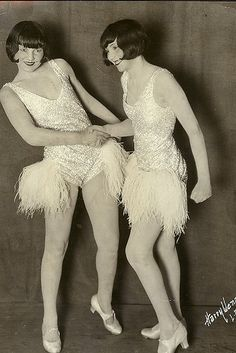 The Pearl Twins, 1920s
