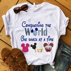To Travel The World Thoughts Code: 3391653438 Disney Diy, Disney Crafts, Disney Dream, Disney Style, Disney Vacations, Disney Trips, Family Vacations, Disney Cruise, Walt Disney