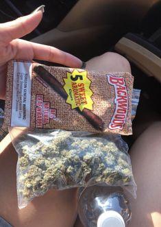 Smoke Out, Stoner Art, Gangsta Girl, Buy Weed, Teenage Dream, Smoking Weed, Ganja, Shopping, Herbs