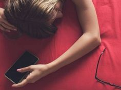 13 ψυχολογικά κόλπα που θα σας βοηθήσουν να κάνετε τους άλλους ό,τι θέλετε Women, Fashion, Moda, Fashion Styles, Fashion Illustrations, Woman