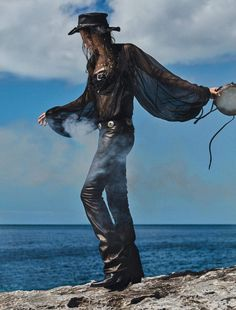 Even Cowgirls Get The Blues: Cameron Russell by Txema Yeste for Numero France #184 June 2017 #cowgirl #totalblack