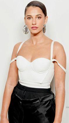 Naomi Scott, Stunning Women, Irina Shayk, The Most Beautiful Girl, Celebs, Celebrities, Hot Actresses, Hollywood Stars, Indian Beauty