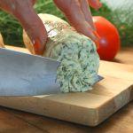 bylinkové máslo Kefir, Granola, Cheese, Ethnic Recipes, Food, Meal, Muesli, Essen, Hoods