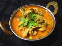 Kuracie kari (pre zaciatocnikov) Easy Chicken Curry, Garam Masala, Coconut Milk, Thai Red Curry, Poultry, Food And Drink, Soup, Tasty, Ethnic Recipes
