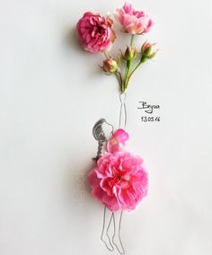 ༺Drawing The Line༺ Floral Drawing, Arte Floral, Fashion Mode, Floral Fashion, Flower Petals, Flower Dresses, Flower Crafts, Beautiful Artwork, Love Art