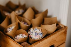 Planlegg en mottakelse med konfetti til bryllupet! – Lunde Foto - Fotograf Miriam Lunde