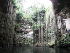 Cenote Il-Kil, Chichen-itza, Mexico
