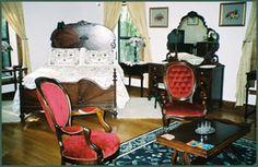 Beautiful 30s bedroom suite