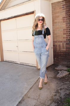 Cute overalls outfit // My Boring Closet