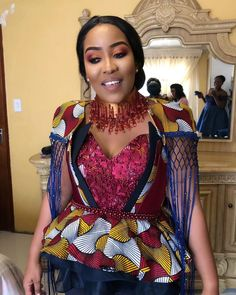 2020 African Traditional Dresses For Wedding Occasion African Traditional Wedding, African Traditional Dresses, Traditional Outfits, African Attire, African Wear, African Fashion, African Style, Different Dresses, Nice Dresses
