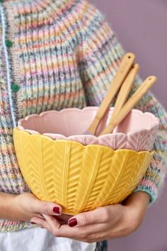 Make your eyes happy, serve your salad in our handmade Portuguese salad bowls - go pink or go yellow... Make your salad look the best!