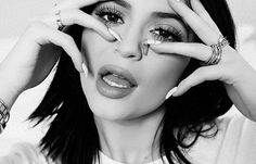 Every Single Lipstick Colour Kylie Jenner Has Worn - Cosmopolitan SA Lipstick Colors, Cosmopolitan, Beauty Hacks, Beauty Tips, Kylie Jenner, Look, Halloween Face Makeup, T Shirts For Women, Colour