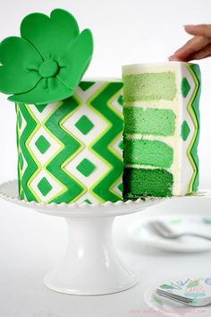 Love that flower...4 hearts, pinched at the bottom and a covered button for the center? St Patrick's Day Lime Cake