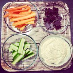 4 bud på aftens-snacks Snacking, Bud, Gem, Eyes, Knob