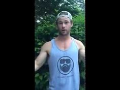 "Chris Hemsworth ALS Ice Bucket Challenge - ""Ice Bucket Challenge"" (Thor)"