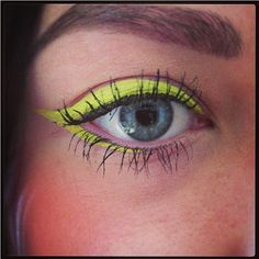 HOW TO WEAR NEON EYELINER  ✅ Mascara is a-must! Tight-line by filling in the light spots between lashes with liquid liner. ✅ Good brows. Since youll be attracting a lot of attention to your eye area, be sure your eyebrows are well-groomed and filled in. ✅ Keep your lips light - or, if you're looking to make further statement, go for a classic red lip, blotted matte.