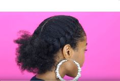 Try This Flat Twist Ponytail tutorial for a quick, easy and fun natural hairstyle. This style is perfect for the on-the-go natural.