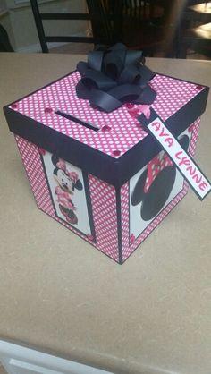 Minnie Mouse Valentine Box
