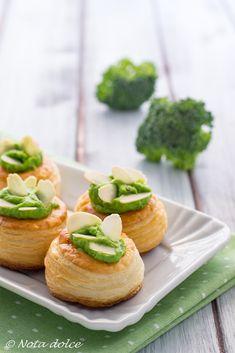 Vol-au-vent con crema di broccoli e porri