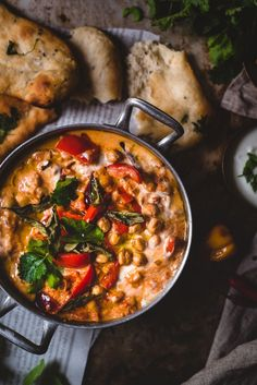 Tikka masala kikherneillä (V, GF) – Viimeistä murua myöten Veggie Recipes, Indian Food Recipes, Asian Recipes, Healthy Dinner Recipes, Vegetarian Recipes, I Love Food, Good Food, Food Porn, Food Crush