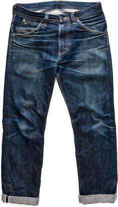 lee101:  Lee 101Z - 14 Months of wear Get em fresh:http://www.meadowweb.com/art/lee-101-z-ka.php Raw Denim, Men's Denim, Denim Pants, Blue Denim, Denim Style, Japanese Denim, Style Fashion, Denim Fashion, Fashion Wear