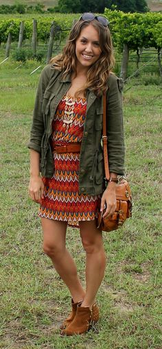 I love this whole outfit, wish I knew where the pieces could be bought.