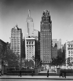 #Empire State Building #Bryant Park #1935