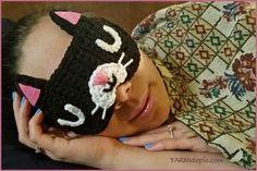 Crochet Tutorial: Feline Rested Sleep Mask - YARNutopia by Nadia Fuad Crochet Eyes, Love Crochet, Crochet Hooks, Knit Crochet, Crochet Pouch, Crocheted Hats, Beautiful Crochet, Crochet Flowers, Single Crochet Decrease