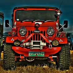I hate the color red, but this jeep is the exception Jeep 4x4, Jeep Truck, 4x4 Trucks, Jeep Willys, Toledo Ohio, Jeep Photos, Jeep Wrangler Accessories, Badass Jeep, Offroader