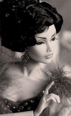 BLACK & WHITE Barbie Repaint.