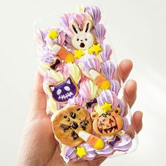 #halloween #cabochon #decoden #resin #spoopy #spooky #candycorn #skeleton #pumpkin #whippedcream #chocolatechipcookie #bunnies #phonecase #sugarcookie #polymerclay #スイーツデコ #clayart #sweetsdeco #キャンディ#creepy #sugarcookies #icing #frosting #bakery #アイシングクッキー #クッキー #kawaii #hallowseve #birthdaycake #creepycute