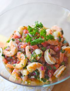 The shrimp ceviche recipe is great for parties as a finger food or to start a meal looking fancy. (Leave out tomato, chili and cumin for AIP) Shrimp Appetizers, Shrimp Recipes, Mexican Food Recipes, Ethnic Recipes, Seviche Recipes, Shrimp Ceviche, Fresh Seafood, Fish And Seafood, Comida Latina