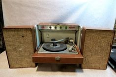 Vintage General Electric Stereo 400 Turntable