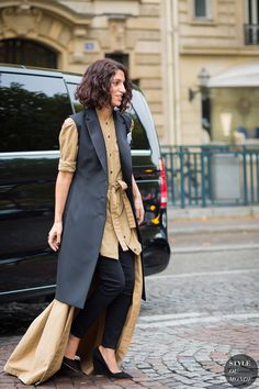Paris Fashion Week SS 2016 Street Style: Yasmin Sewell