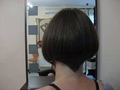 Tunsoare stil Vidal Saasson, by Costa Stavrositu senior hairstylist