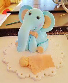 Custom edible cake topper, elephant, baby with blanket, and doily