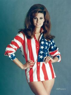Items similar to Raquel Welch USA Blouse Hollywood Poster Art Photo on Etsy Rachel Welch, Hollywood Poster, Vintage Hollywood, Classic Hollywood, Divas, Actrices Hollywood, Pin Up Girls, Girls 4, Celebs