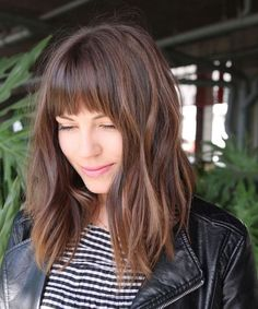 Geeigneter Pony Haarschnitt Gesichtsform – Rebel Without Applause Trendy Haircuts, Haircuts With Bangs, Lob Bangs, Bob Haircuts, Blunt Bangs, Lob With Bangs, Haircut Bangs, Messy Bangs, Long Bob With Bangs