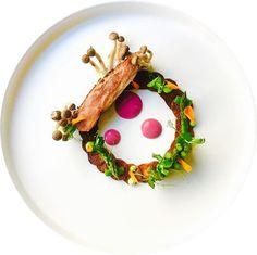 Feeling creative... #truecooks#theartofplating#thehague#thekitchenassassin#thebestchef#artonaplate#photooftheday#picsoftheday#dishoftheday#chefsplateform#chefsofinstagram#foodie#foodstarz_official#foodporn#fdprn#finedining#foodartchefs#gastroart#gastroartistry#beautifulcuisines#gourmetzfood#sousfresh#grateplates#chefstalk#chefsroll#foodpics#foodpictures#cookniche#thebestchefsoftheworld#culinarieinspiratie