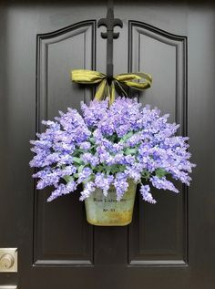 EASY DIY Hydrangea Wreath You can find this gorgeous French Inspired Lavender Bucket along with my coral and celery tulip bucket in , , and . **YOU can see ALL of my 2017 SPRING/SUMMER Wreaths and Buckets here: Lavender Decor, Lavender Wreath, Hydrangea Wreath, Etsy Wreaths, Burlap Wreaths, Ribbon Wreaths, D House, Deco Floral, Summer Wreath