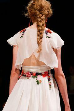 Alberta Ferretti  Simple & beautiful .